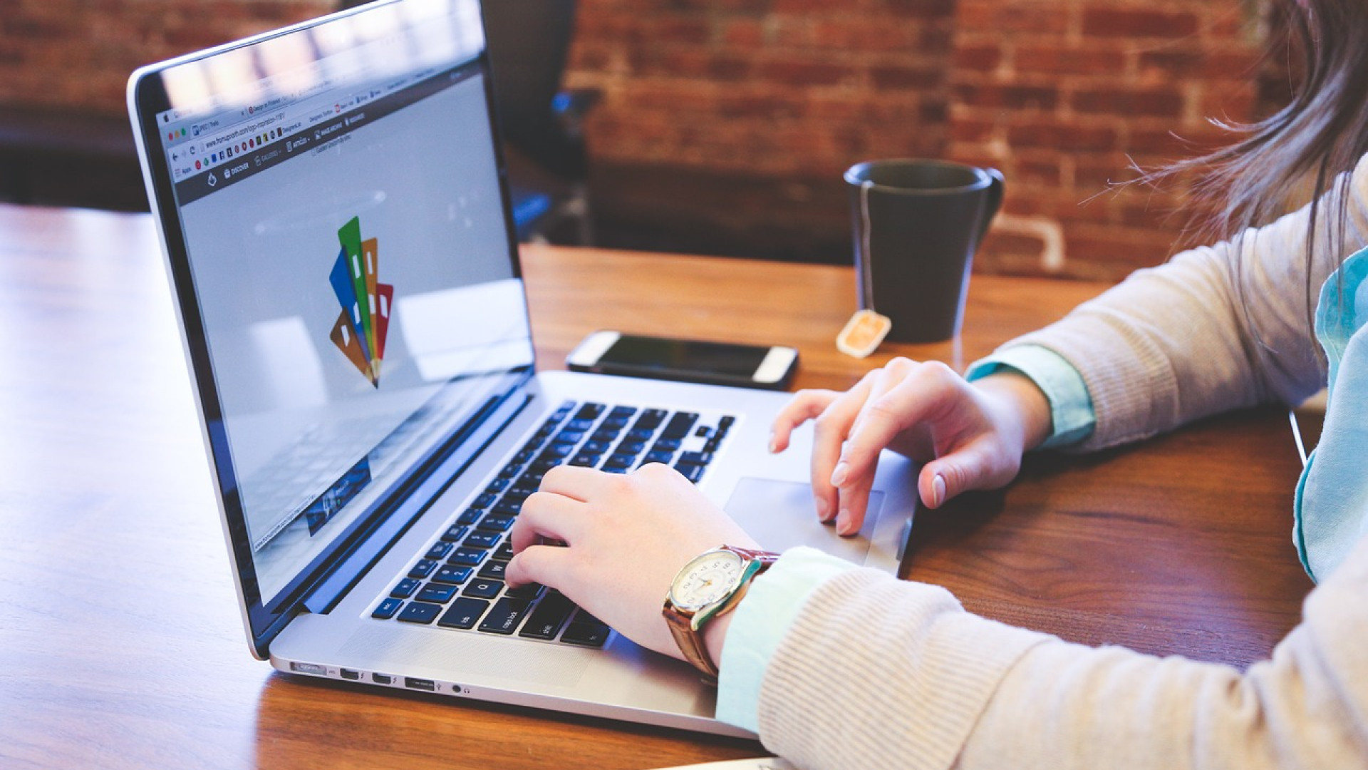 Comment établir une stratégie de communication digitale ?